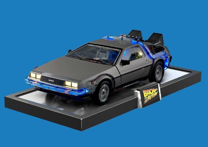 dmc delorean back to the future 1 8 scale model to build. Black Bedroom Furniture Sets. Home Design Ideas